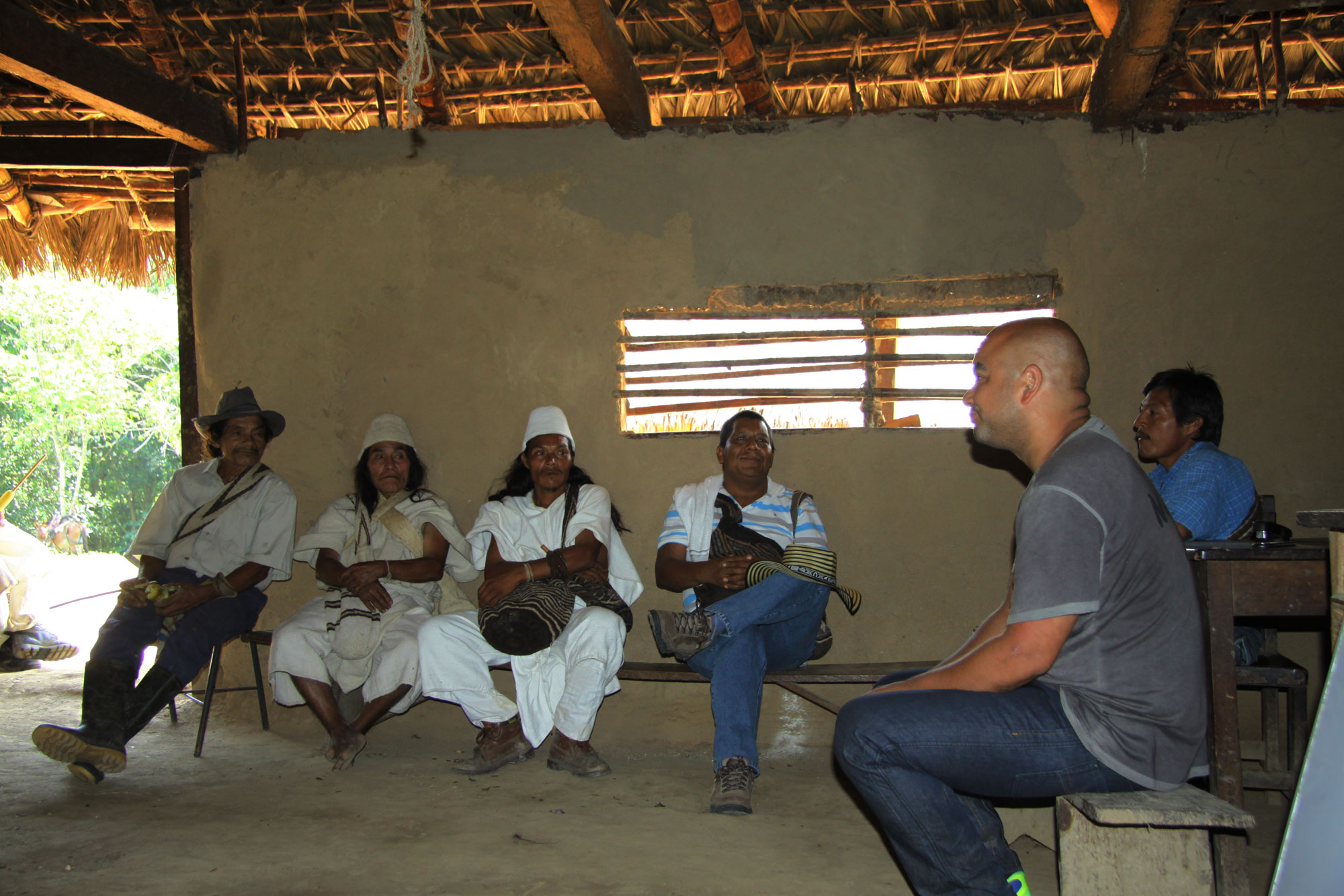 Meeting with the authorities, next to Laudelino is Ivan the Comisario and to his right is Binchi the founder of Gunchukwa.