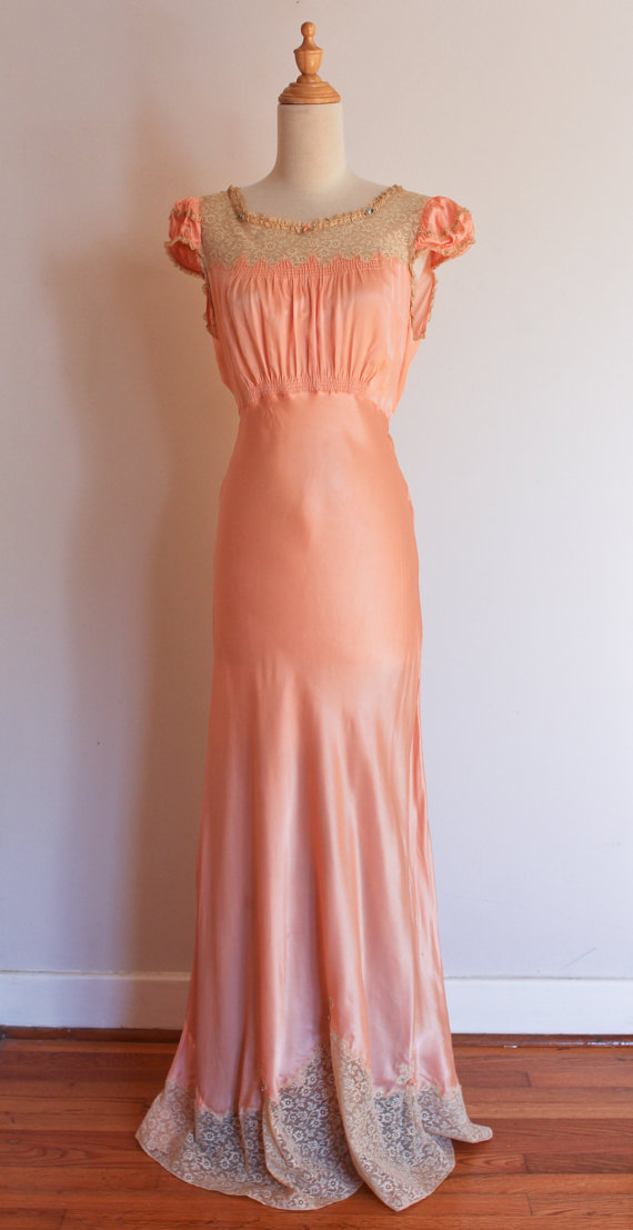 1930s Dashing Deb silky lace nightgown, size small.