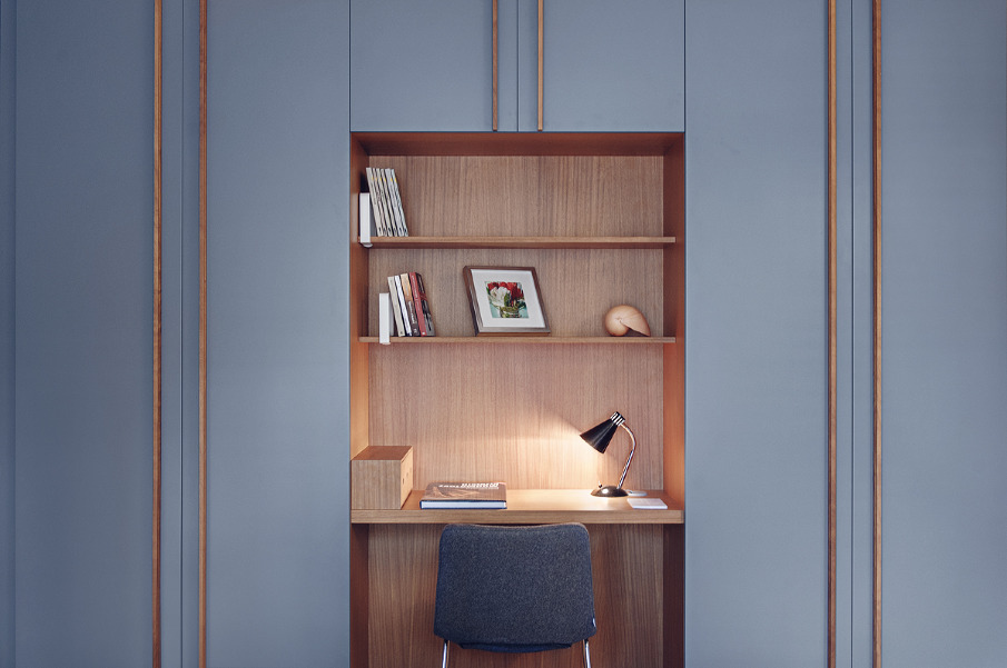 This built-in desk niche is everything.