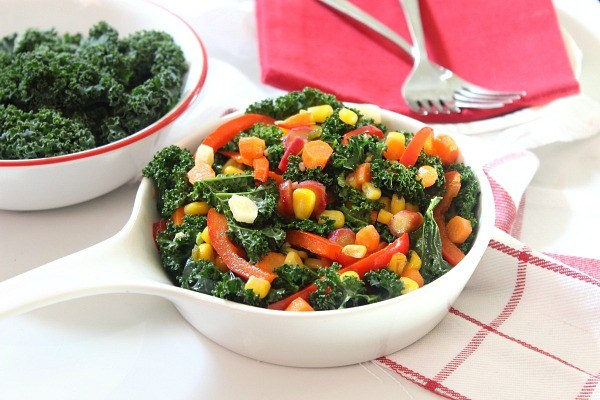 Spicy Garlic-Braised Kale, Carrot and Corn Medley