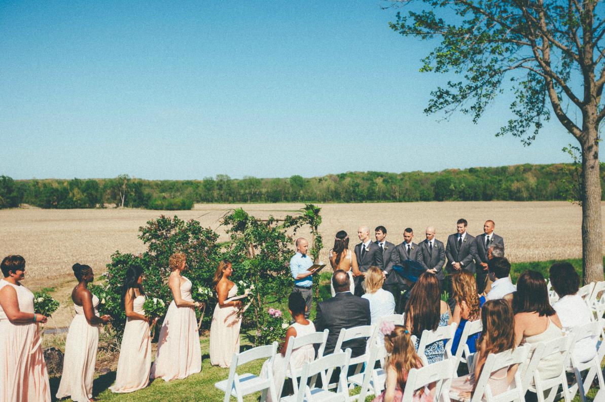 Katie_Joe_Country_Missouri_Farm_Wedding_5.png