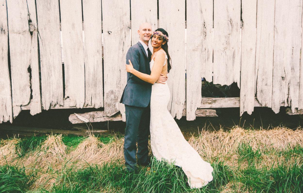 Katie_Joe_Country_Missouri_Farm_Wedding_11.png