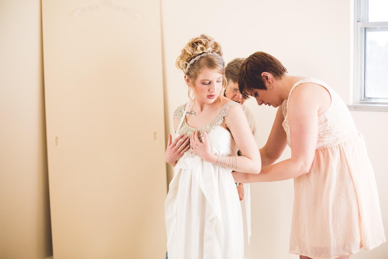 Esther_Aaron_SiouxFalls_Wedding_4.jpeg