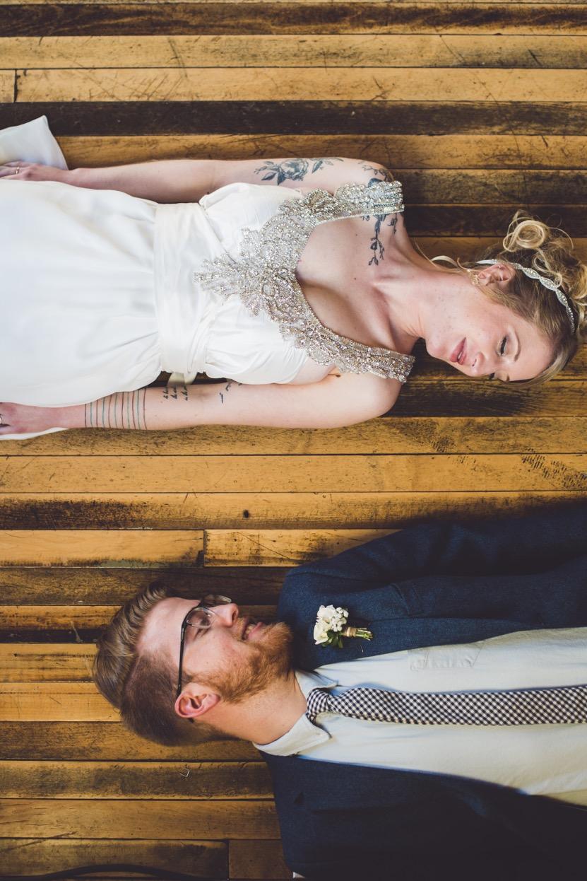 Esther_Aaron_SiouxFalls_Wedding_19.jpeg