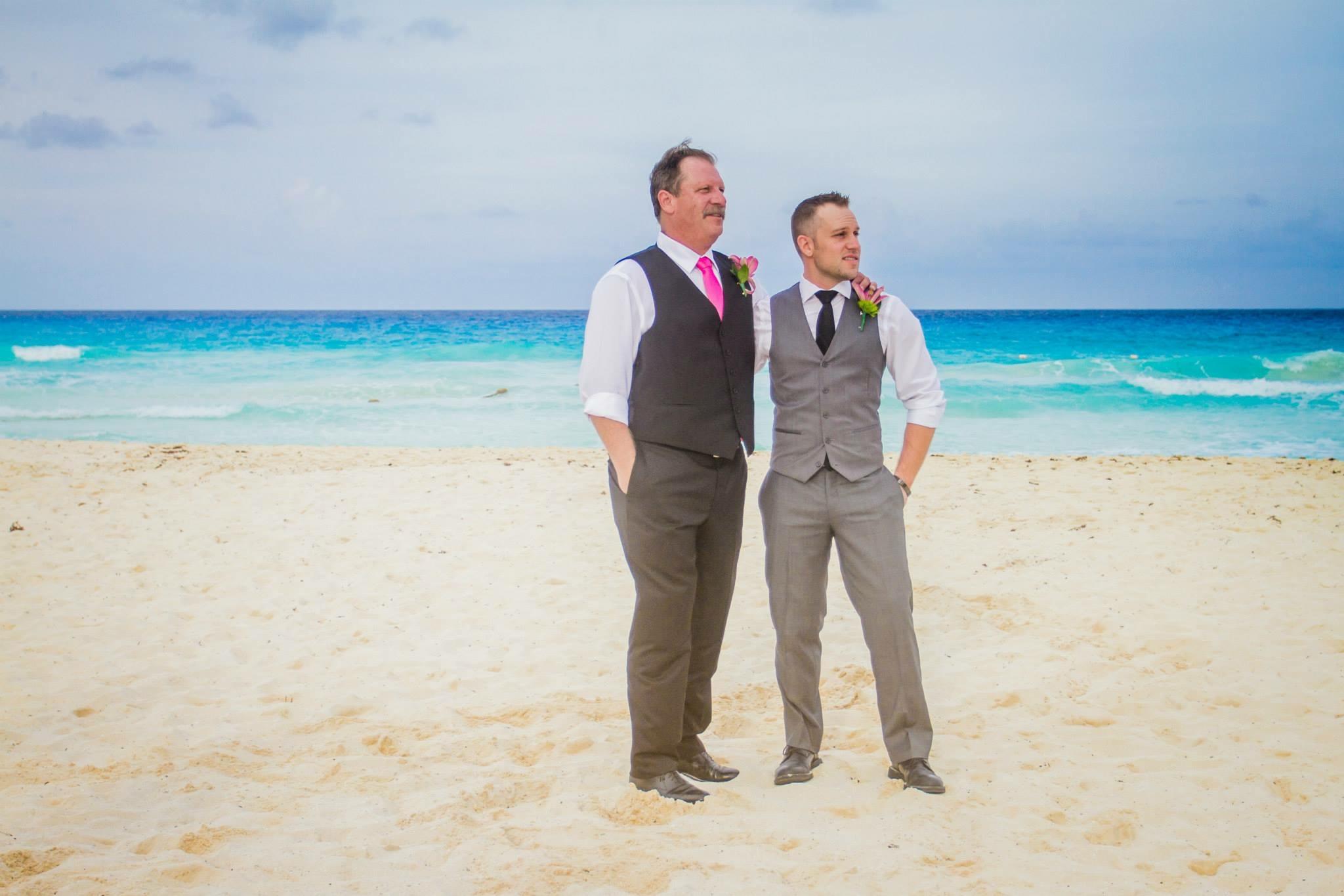 krysten-reed-cancun-beach-wedding-6.JPG