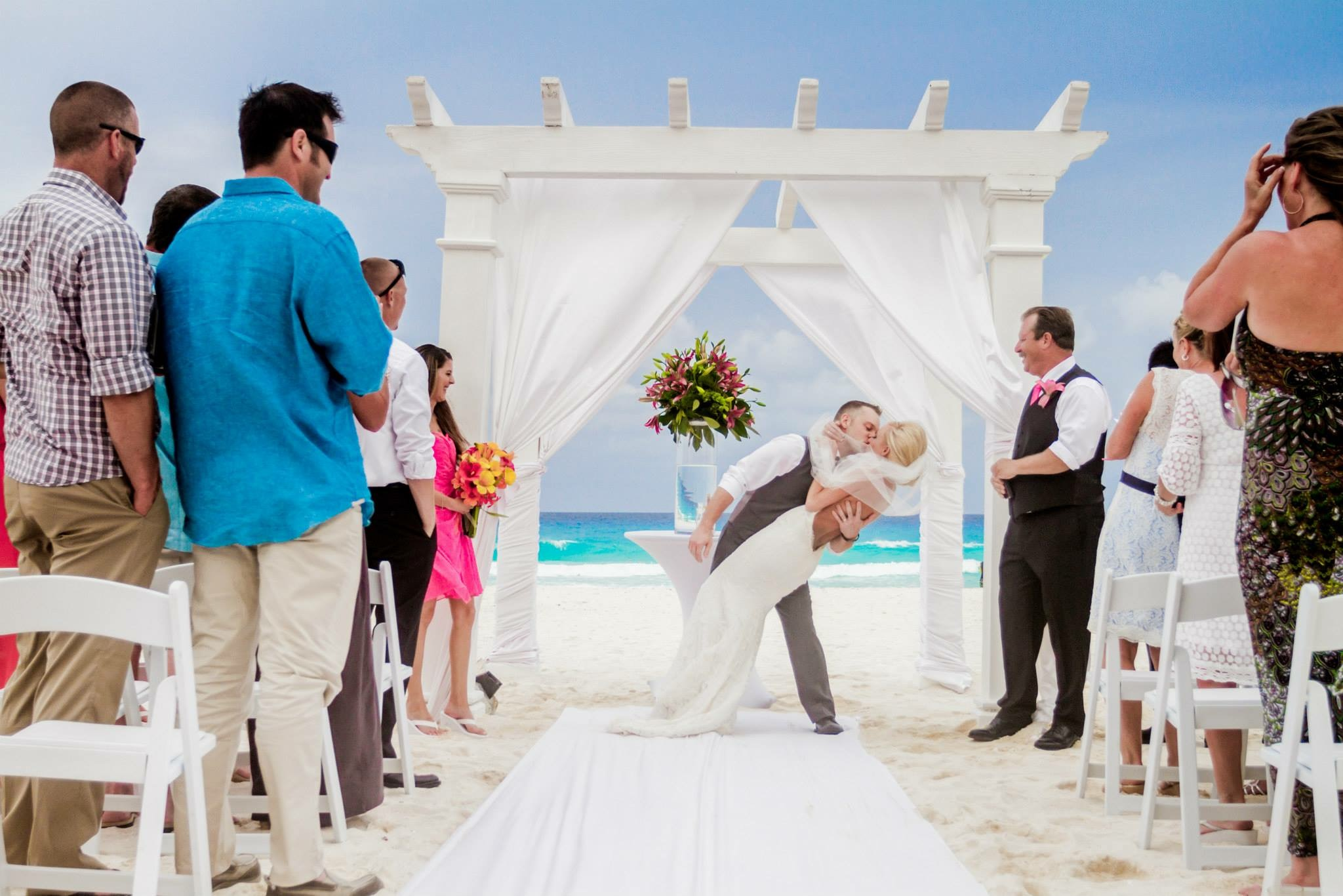 krysten-reed-cancun-beach-wedding-12.JPG