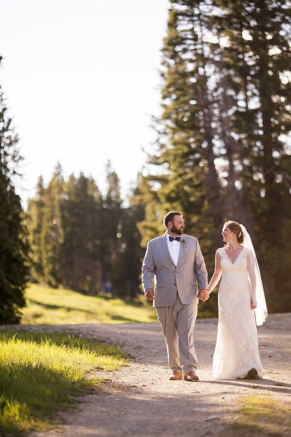 rebecca-schoneveld-colorado-wedding-10.jpg