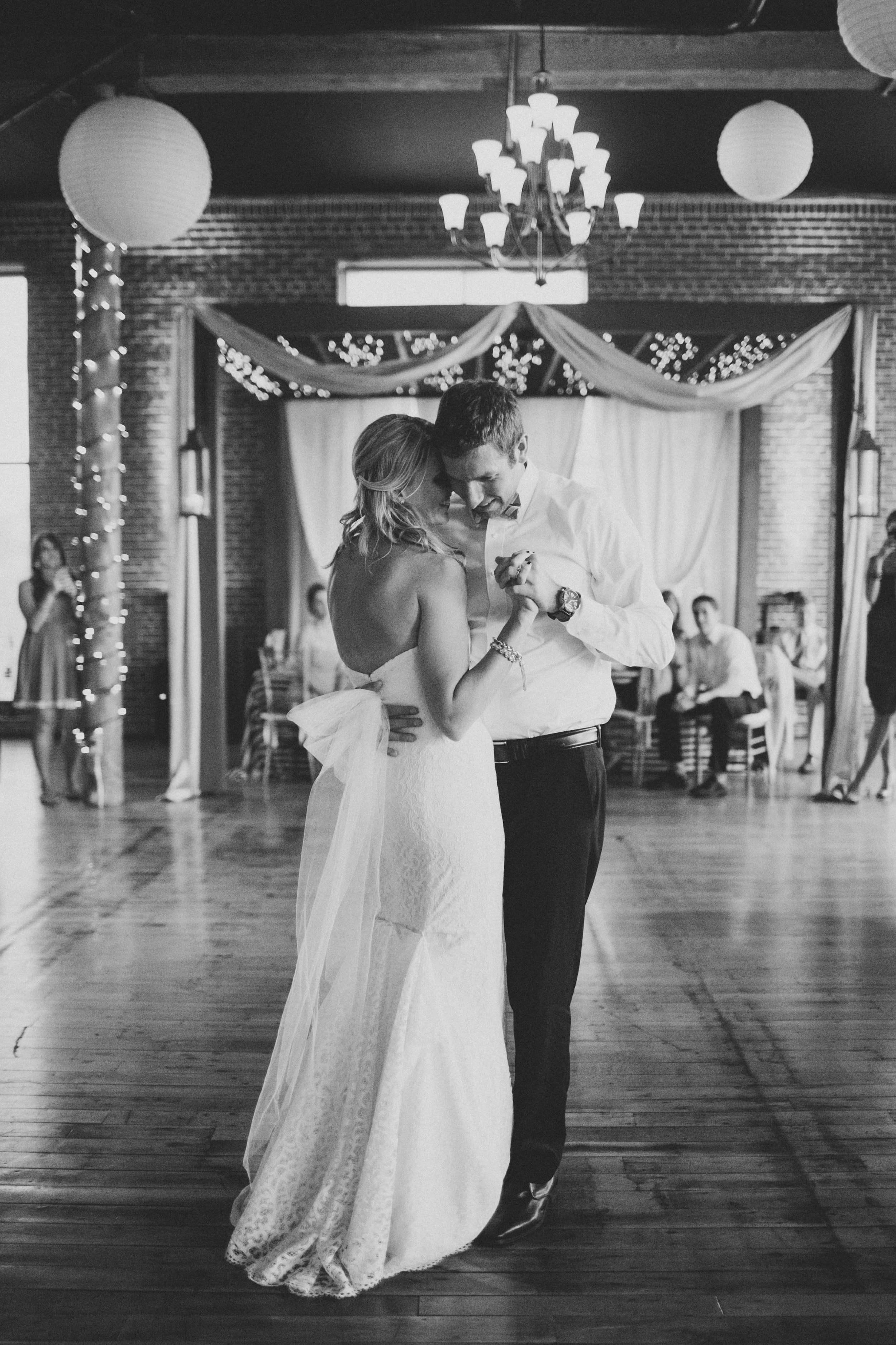 Wedding676-min.jpg