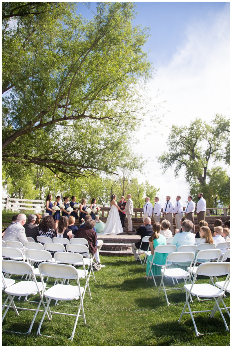 Ralston's+Crossing+Wedding+--+www.emilyanne-photography-6.jpg