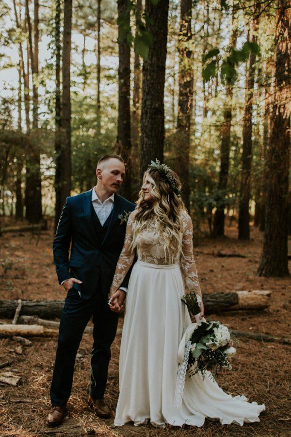 rustic-bohemian-ranch-wedding-in-oklahoma-1-600x900.jpg