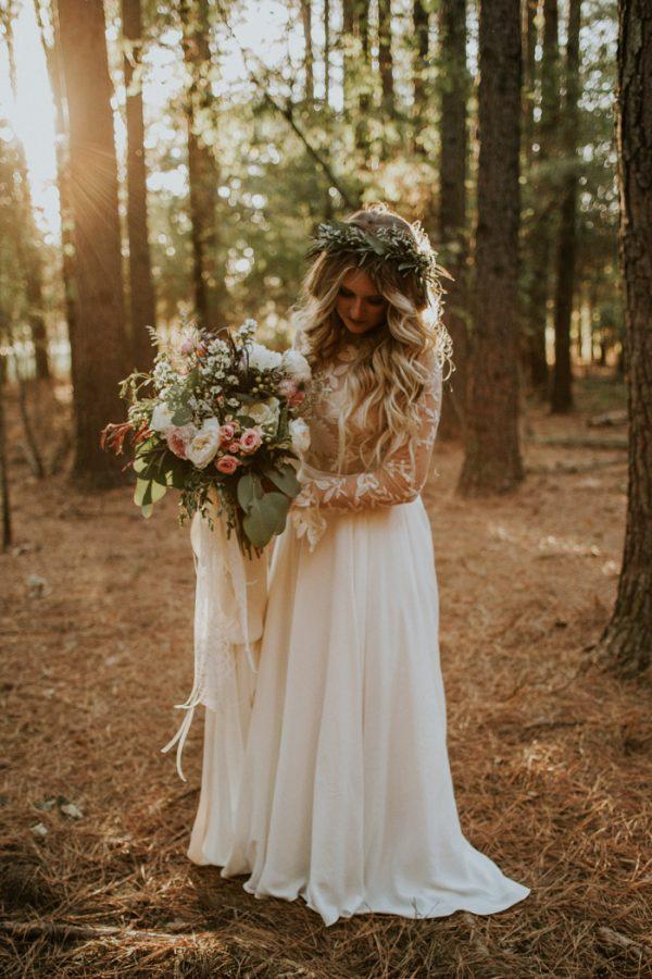 rustic-bohemian-ranch-wedding-in-oklahoma-5-600x900.jpg