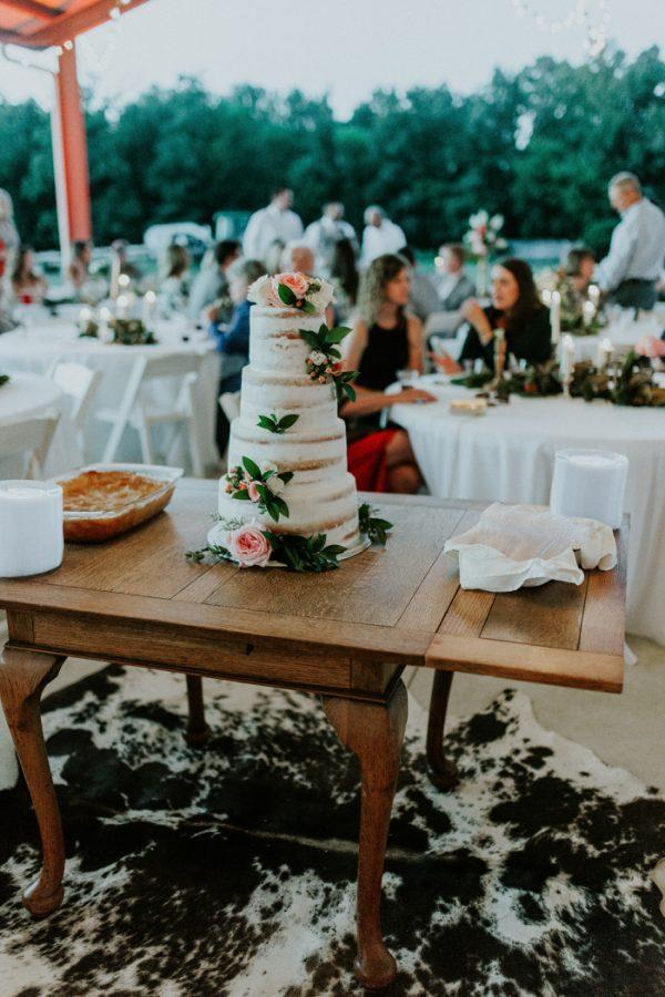 rustic-bohemian-ranch-wedding-in-oklahoma-13-600x900.jpg