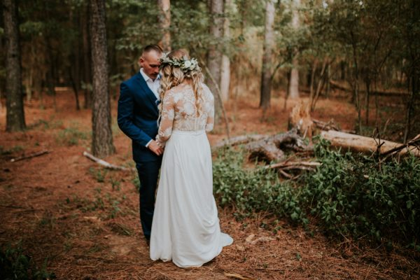 rustic-bohemian-ranch-wedding-in-oklahoma-15-600x400.jpg