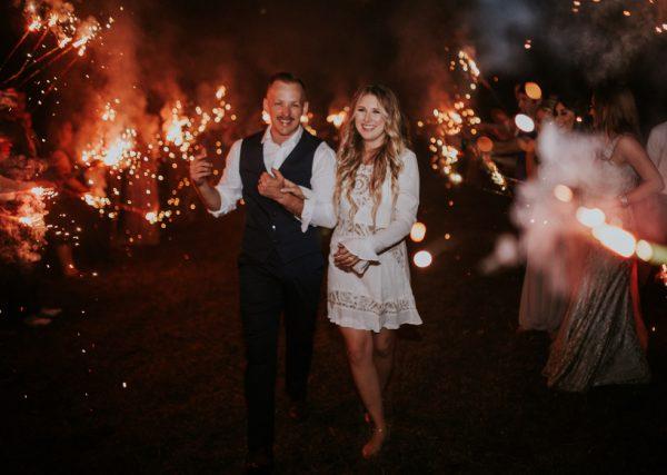 rustic-bohemian-ranch-wedding-in-oklahoma-24-600x427.jpg