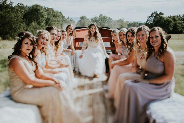 rustic-bohemian-ranch-wedding-in-oklahoma-27-600x400.jpg