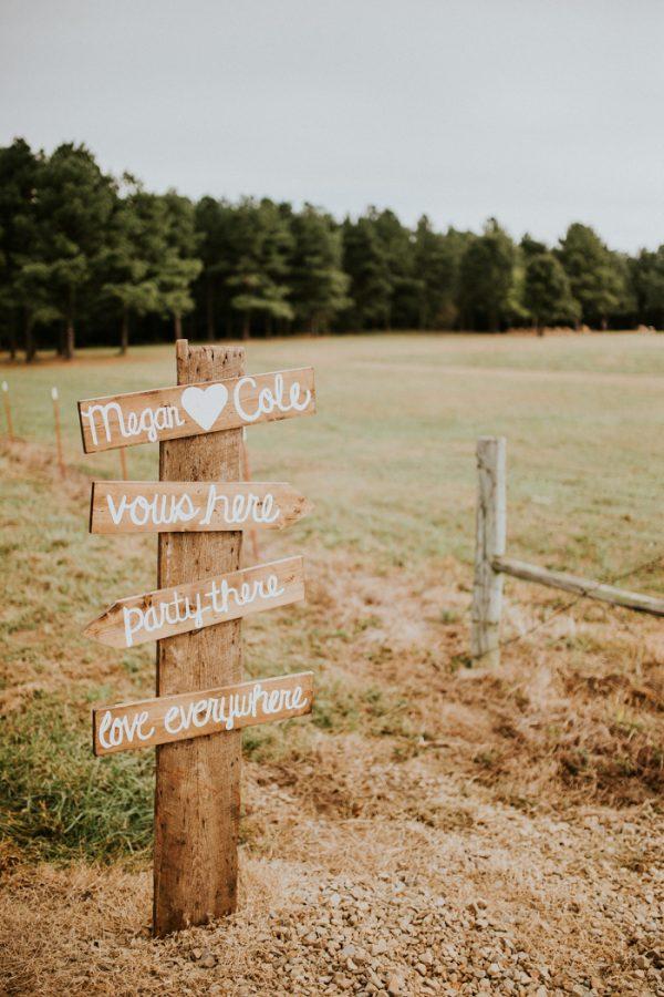 rustic-bohemian-ranch-wedding-in-oklahoma-38-600x900.jpg
