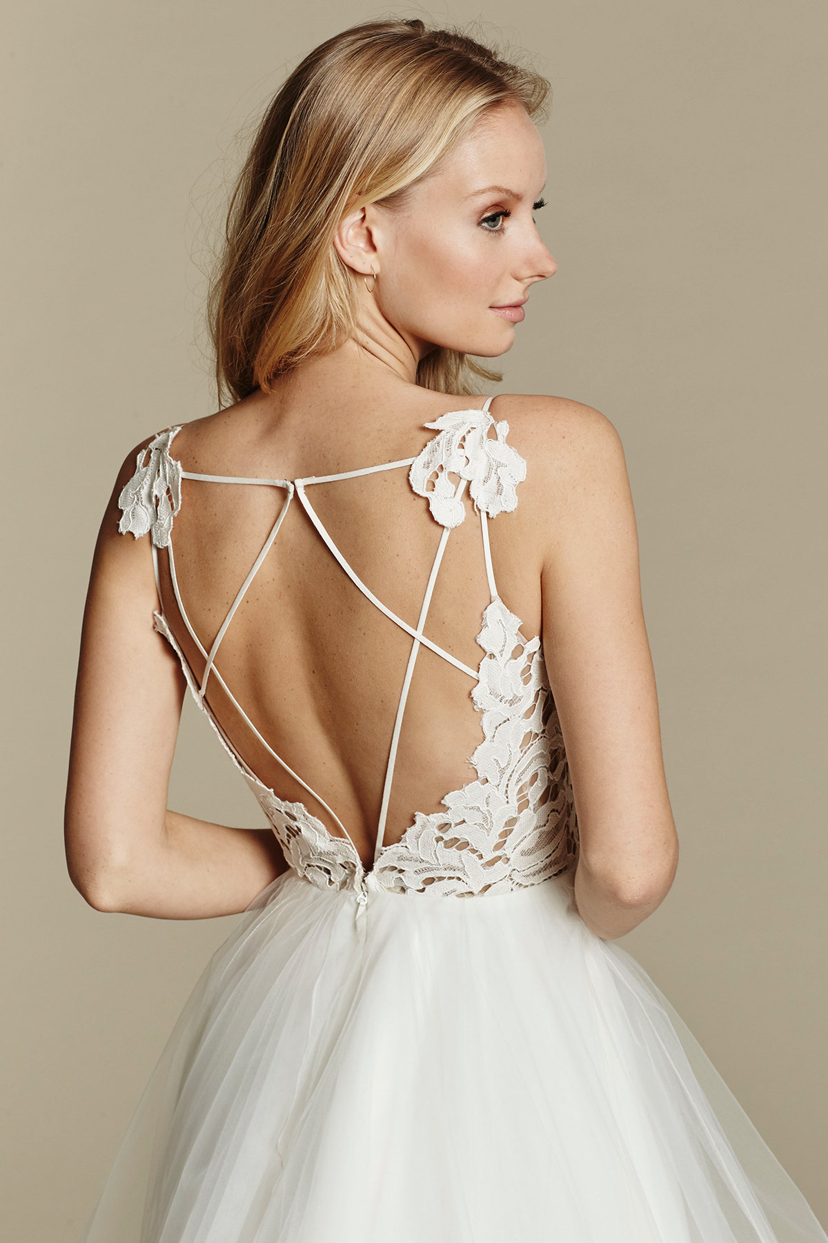 blush-hayley-paige-bridal-lace-tulle-ball-gown-scalloped-v-neck-strap-tiered-tulle-horsehair-trim-1600_x3.jpg
