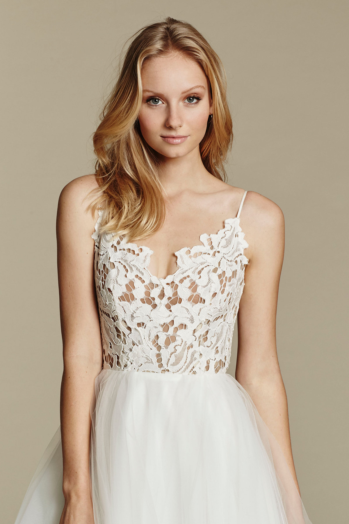 blush-hayley-paige-bridal-lace-tulle-ball-gown-scalloped-v-neck-strap-tiered-tulle-horsehair-trim-1600_x2.jpg