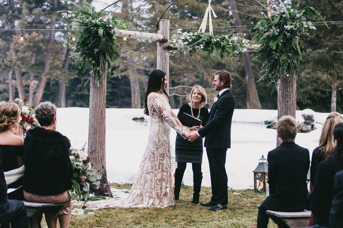 Jennifer_Mooney_Photography_Montana_45_Elegant_Winter_Wedding__035.jpg