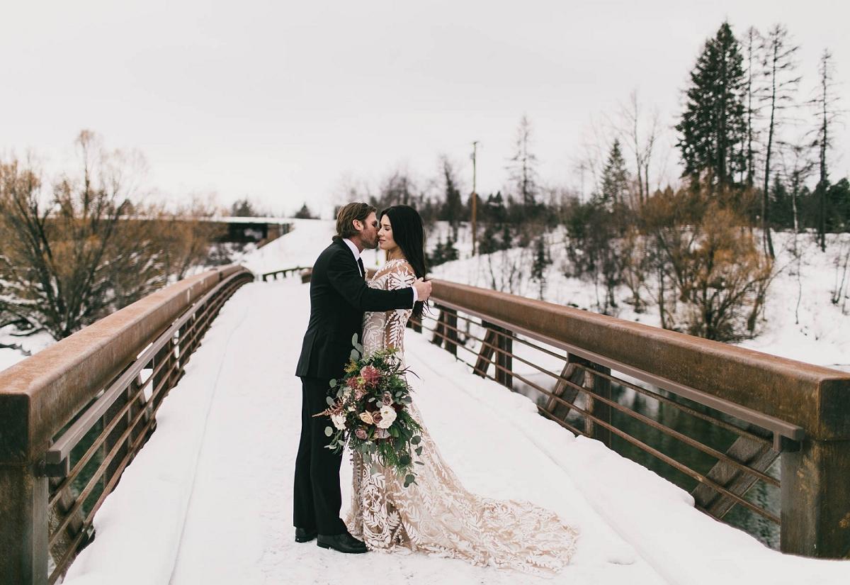Jennifer_Mooney_Photography_Montana_45_Elegant_Winter_Wedding_9.jpg