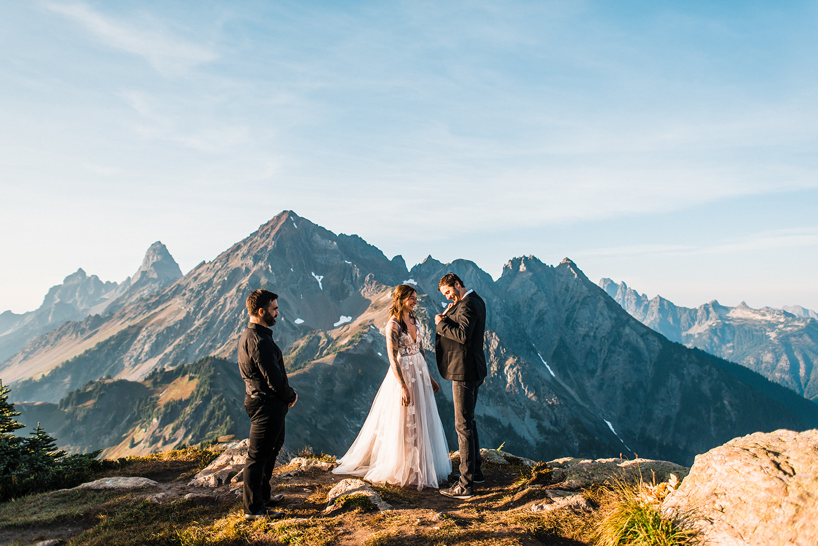 Thea_Lucas_North_Cascades_Elopement_The_Foxes_Photography_083.jpg