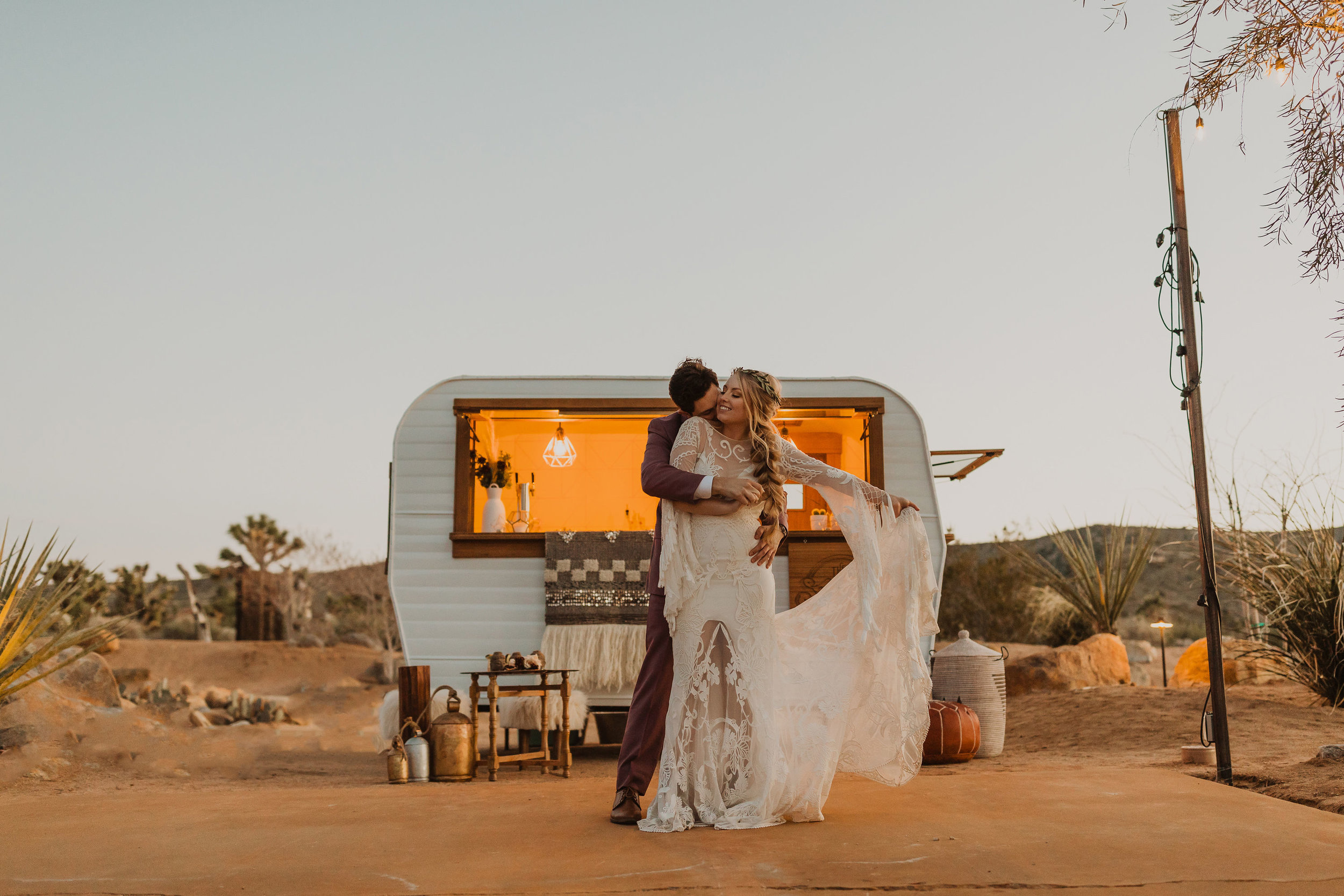 BEBAVOWELS-JOSHUA-TREE-ELOPEMENT-JORDAN-AND-BRANDAN-6F1A7652.jpg