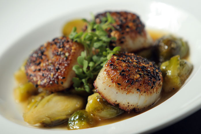 Seared scallops at the Vin Room