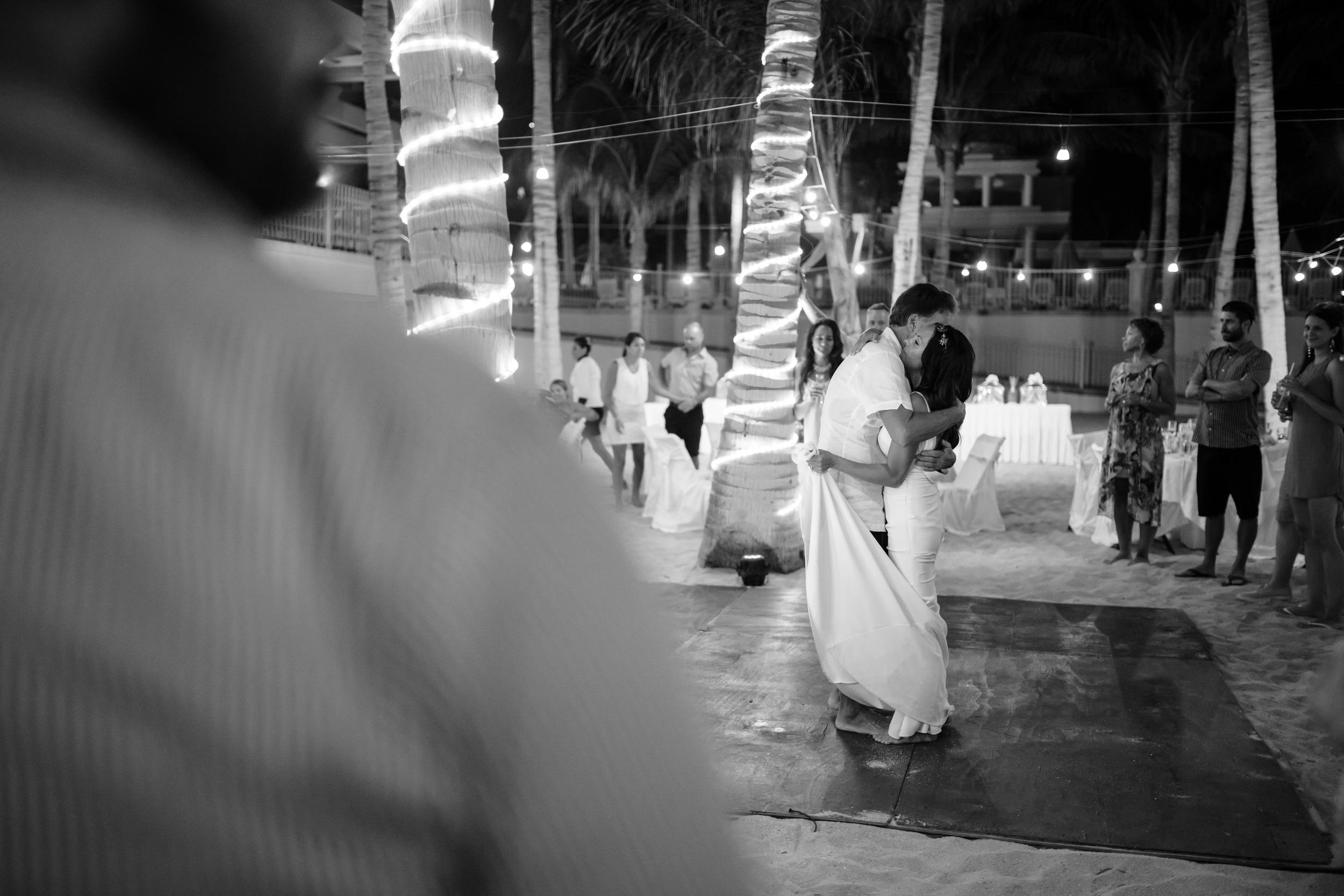 Teya_Devon_Night_Mexico_Oct15_PLP-80.jpg