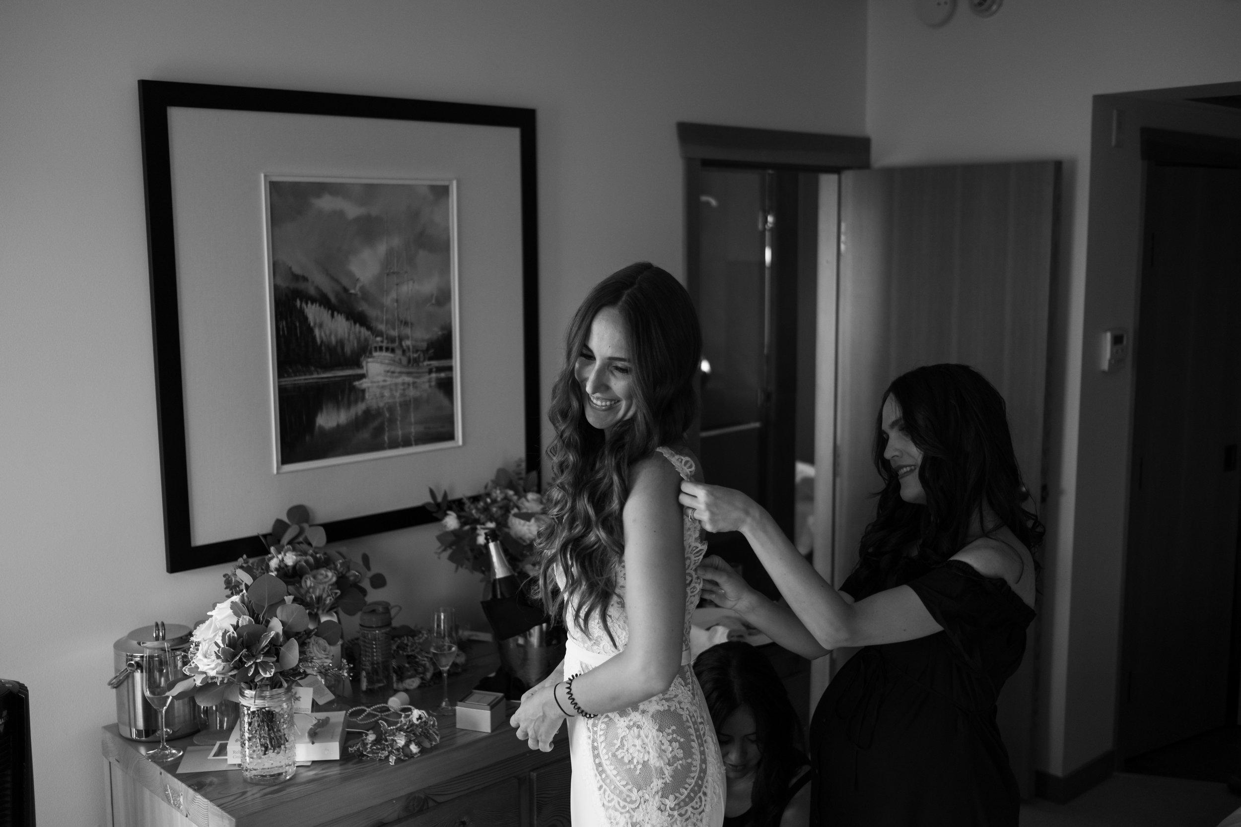 tofino ucluelet wedding engagement photographer photography