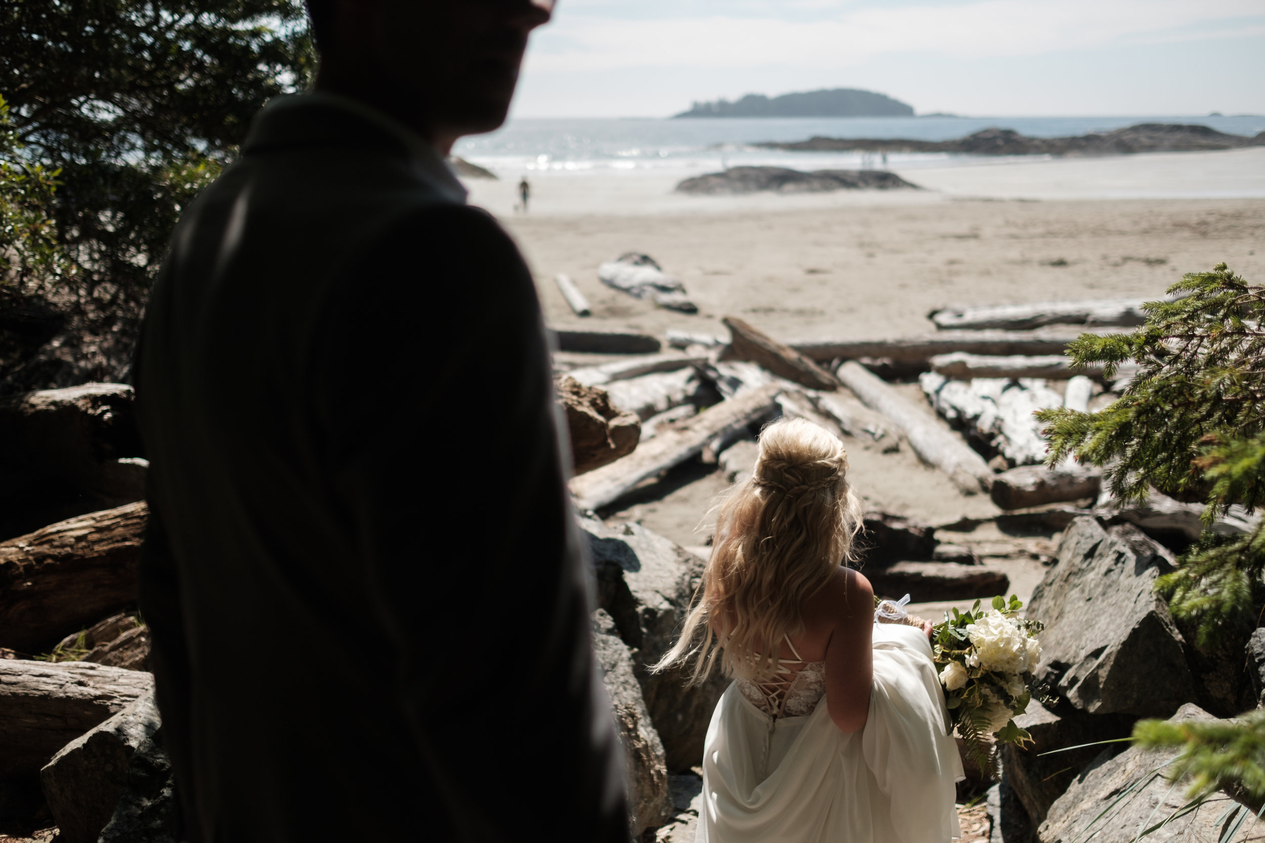 tofino ucluelet wedding engagement photographer photography