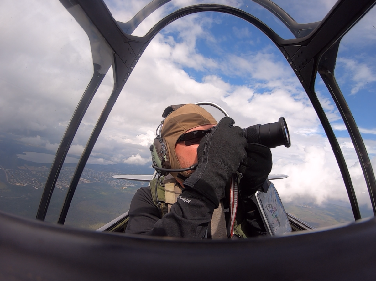 Using the Z7 in the T-6 cockpit was easy and thankfully the lens barrel doesn't extend too far
