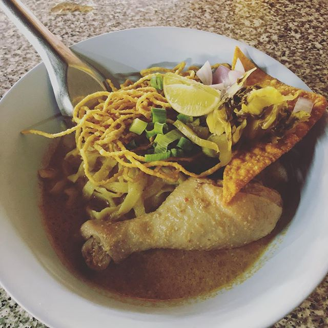 3 soups within 3 hrs: Khao Soi, Tom Yum, and Wonton. Total: under $6 🔥🙏🏾🙌🏾. The BEST soups I've ever had thus far 😩😁