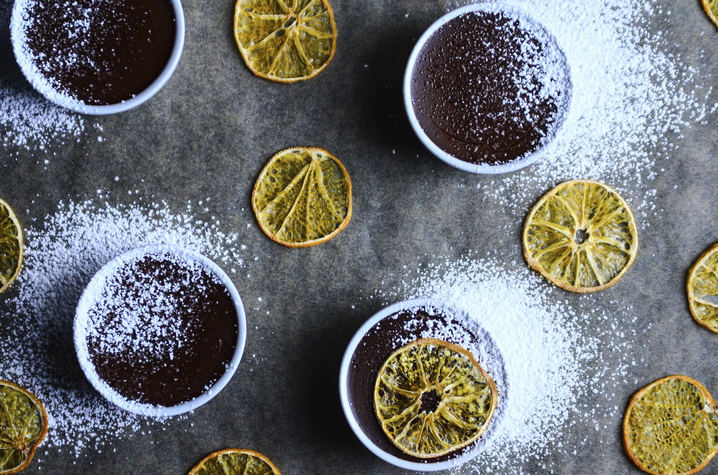 Orange Cacao Pots de Creme + Dehydrated Clementine Slices