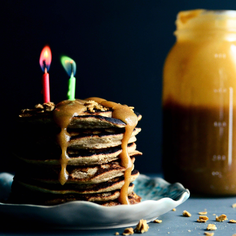 dm-cashewoatpancakes.jpg