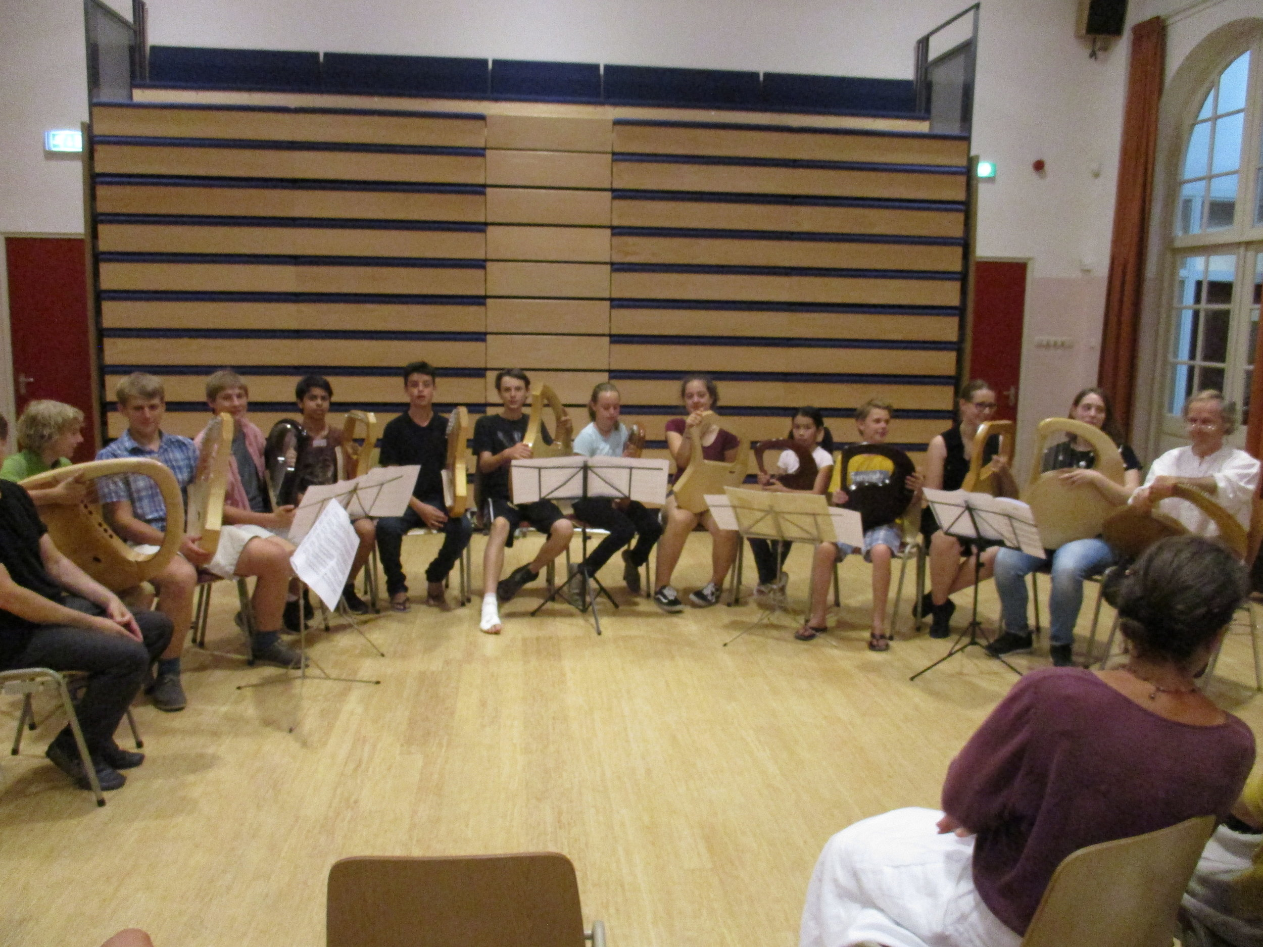 Youth lyre group, Zeist.JPG