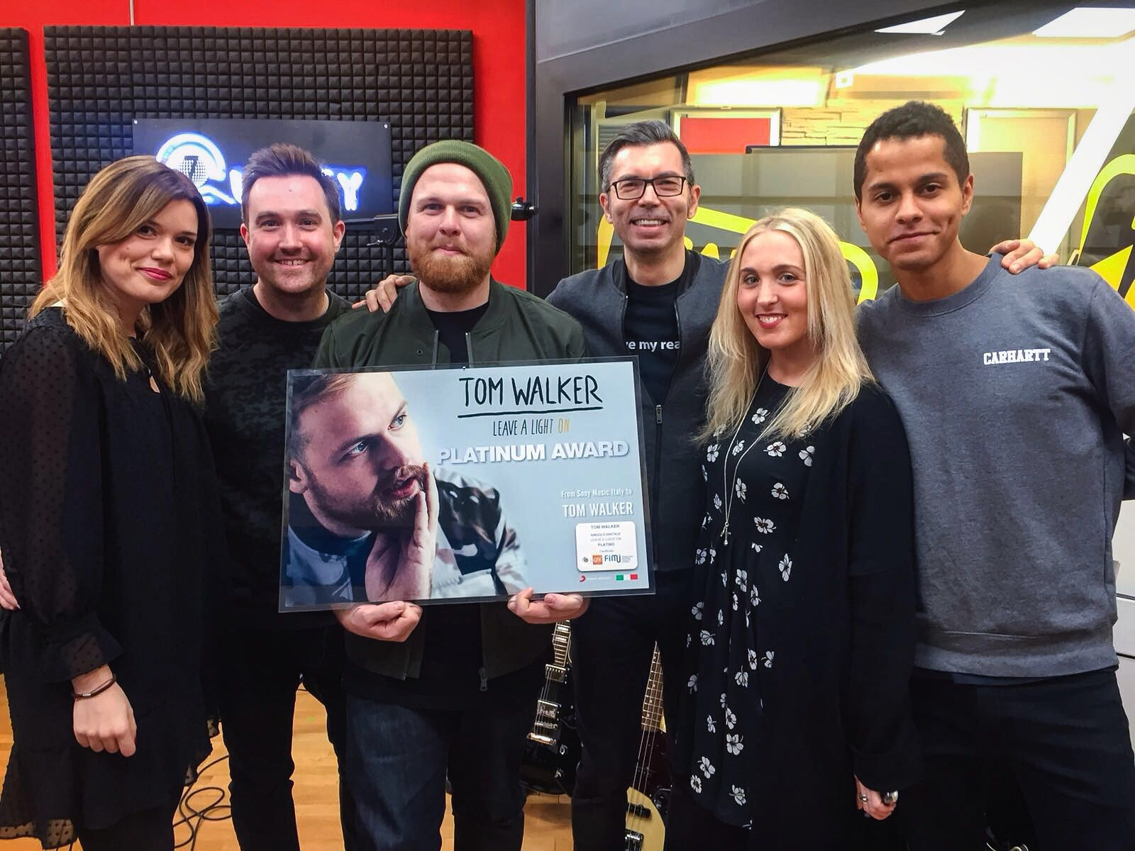 Tom Walker goes platinum in Italy!