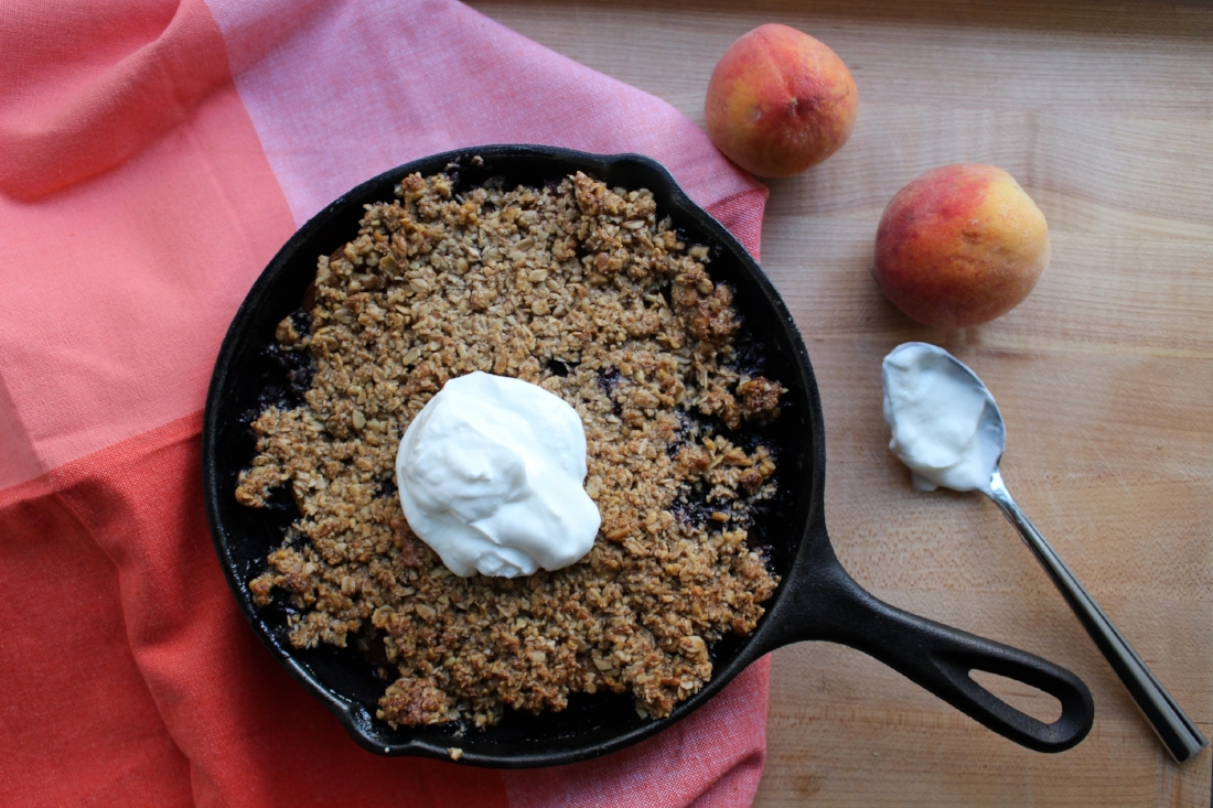 http://crunchyradish.com/thecrunchyradish/2015/7/27/peach-blueberry-crumble
