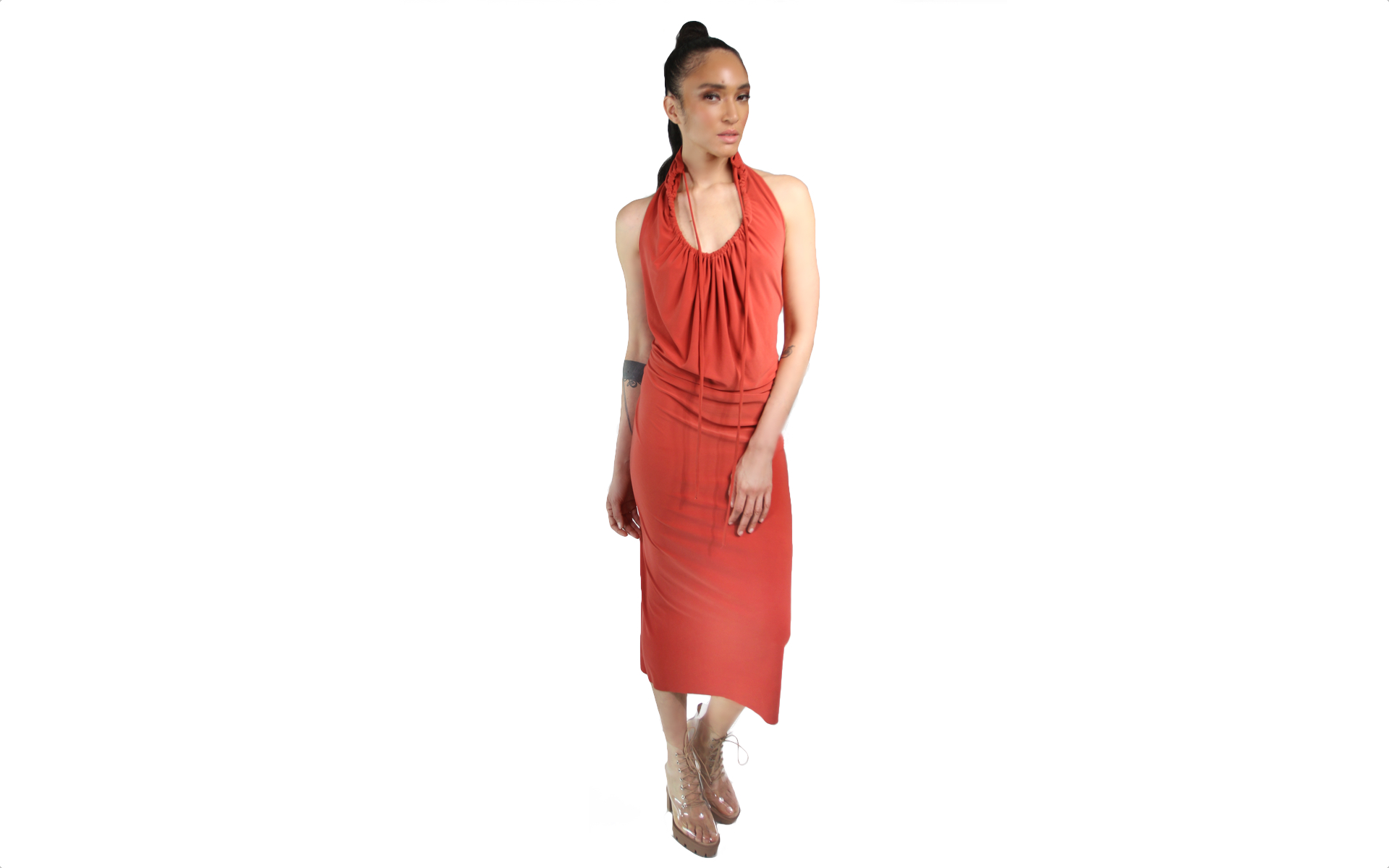 keyhole halter dress naima.jpg