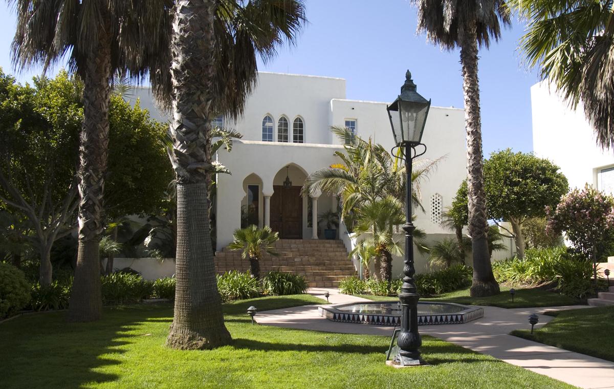 Casa Blanca Homeowners Association, Carpinteria.