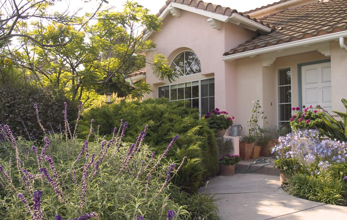 Pacific Palms Homeowners Association, Goleta.