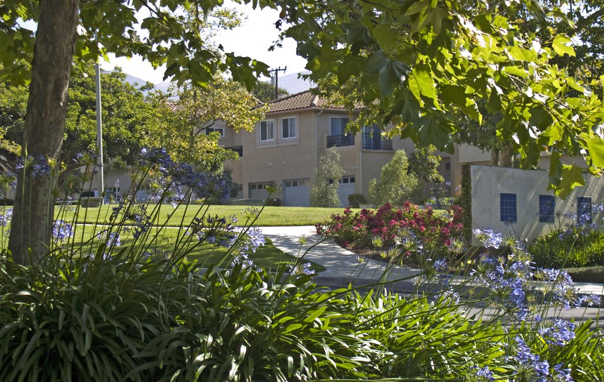 Pebble Hills Homeowners Association, Santa Barbara. .