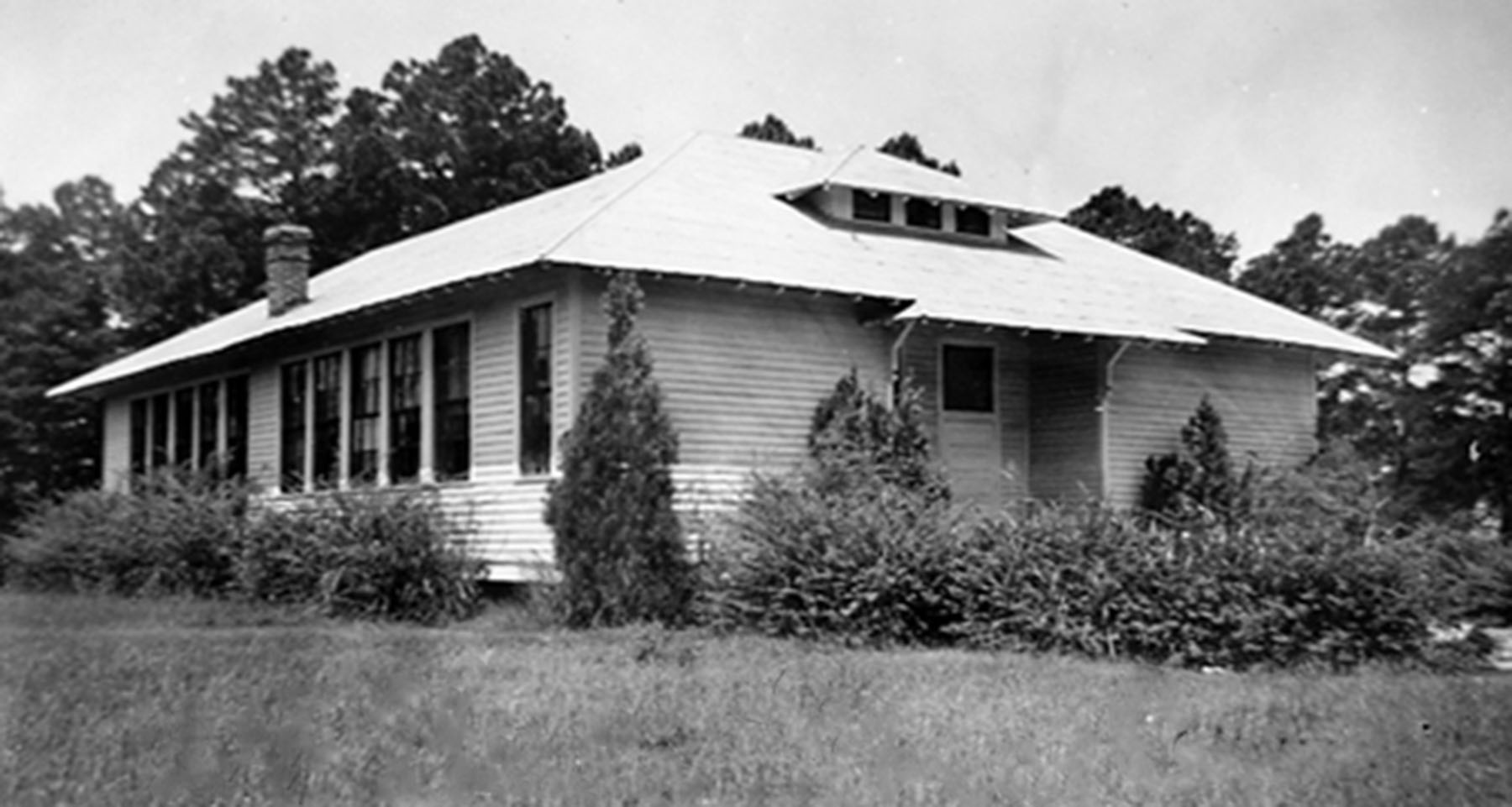 Holly Grove School about 1932.  Photo courtesy of SC Department of Archives and History.