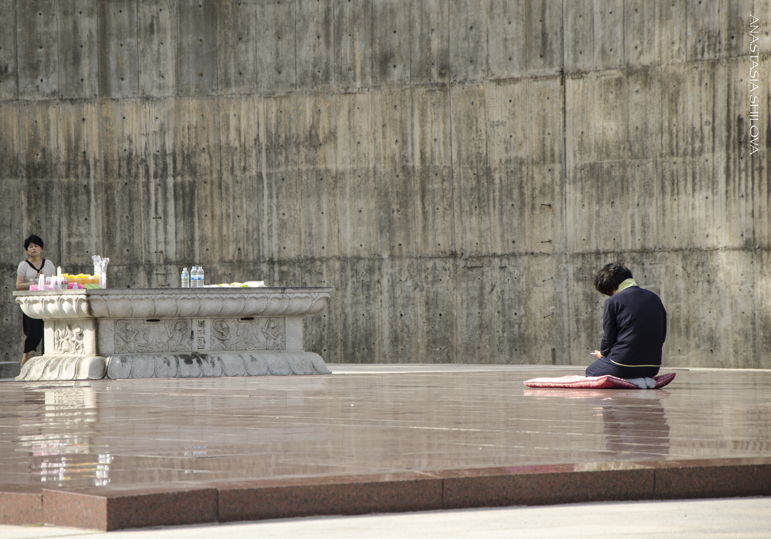 Meditation Of A Woman In The Buddhist Temple