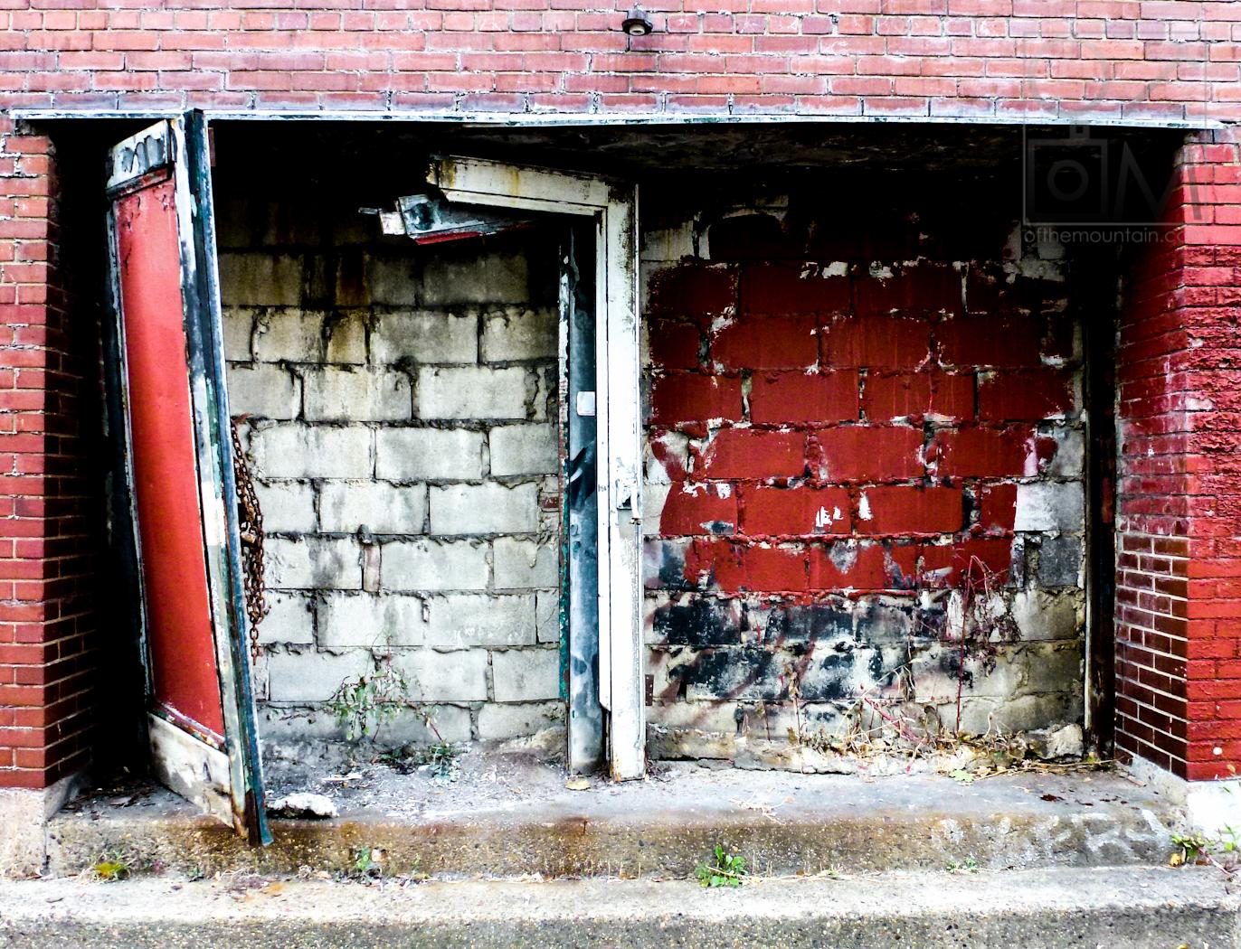 Philly - Girard - Double Doors