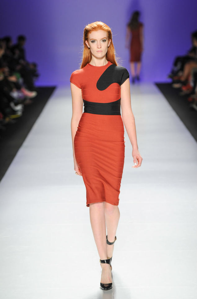 Madame-Moje-orange-and-black-dress.png