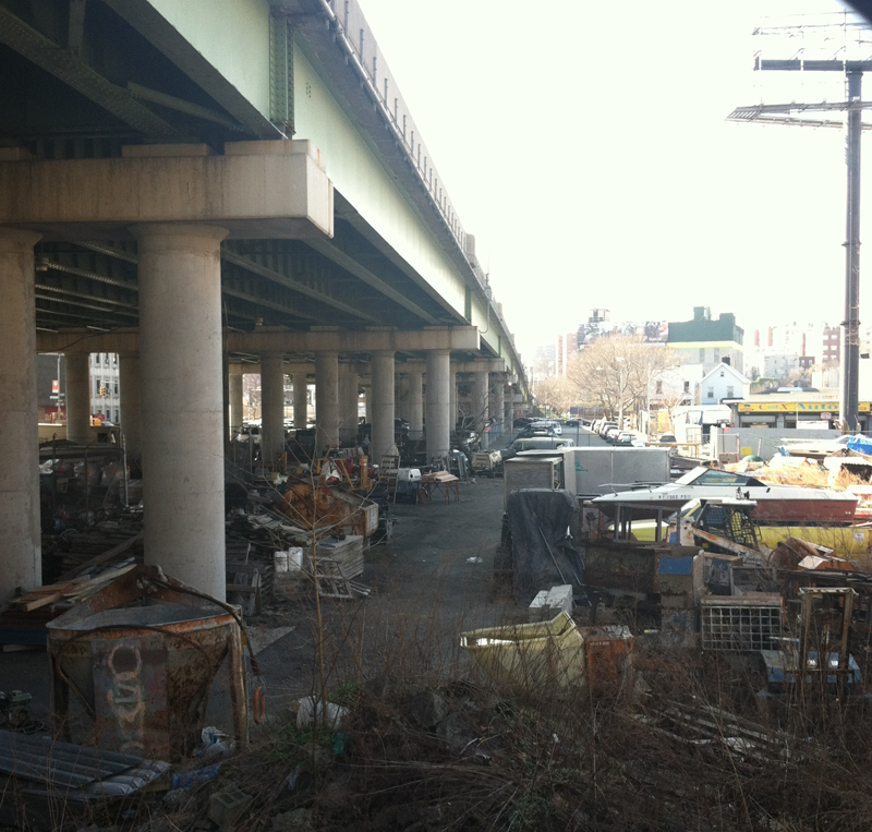 The section of East Tremont that the Cross-Bronx Expressway destroyed, displacing thousands of residents in the 1960s. (Photo: Rich Bunnell)