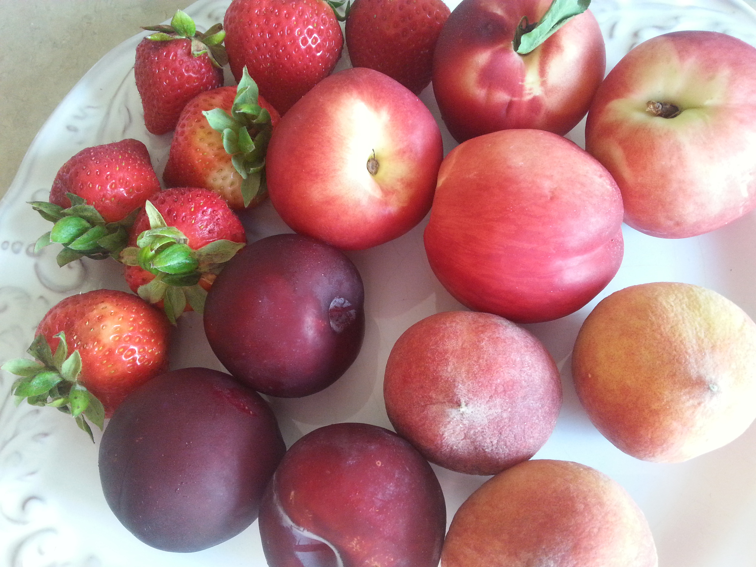 fruits we used ~   white nectarines, peaches, plums & strawberries
