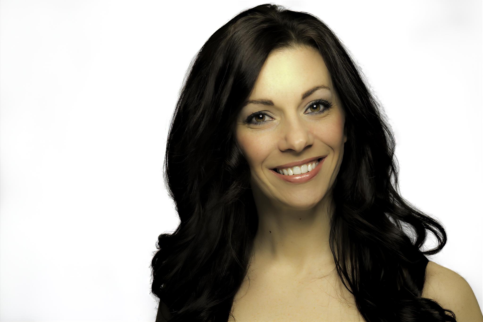 Christy Headshot 2-sharpen-focus.png