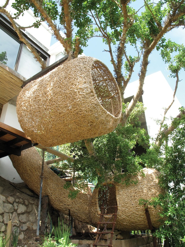 """Porky Hefer Design, """"Nettleton Road Nest"""" (Cape Town, South Africa) (all images courtesy Princeton Architectural Press unless noted) via Hyperallergic"""