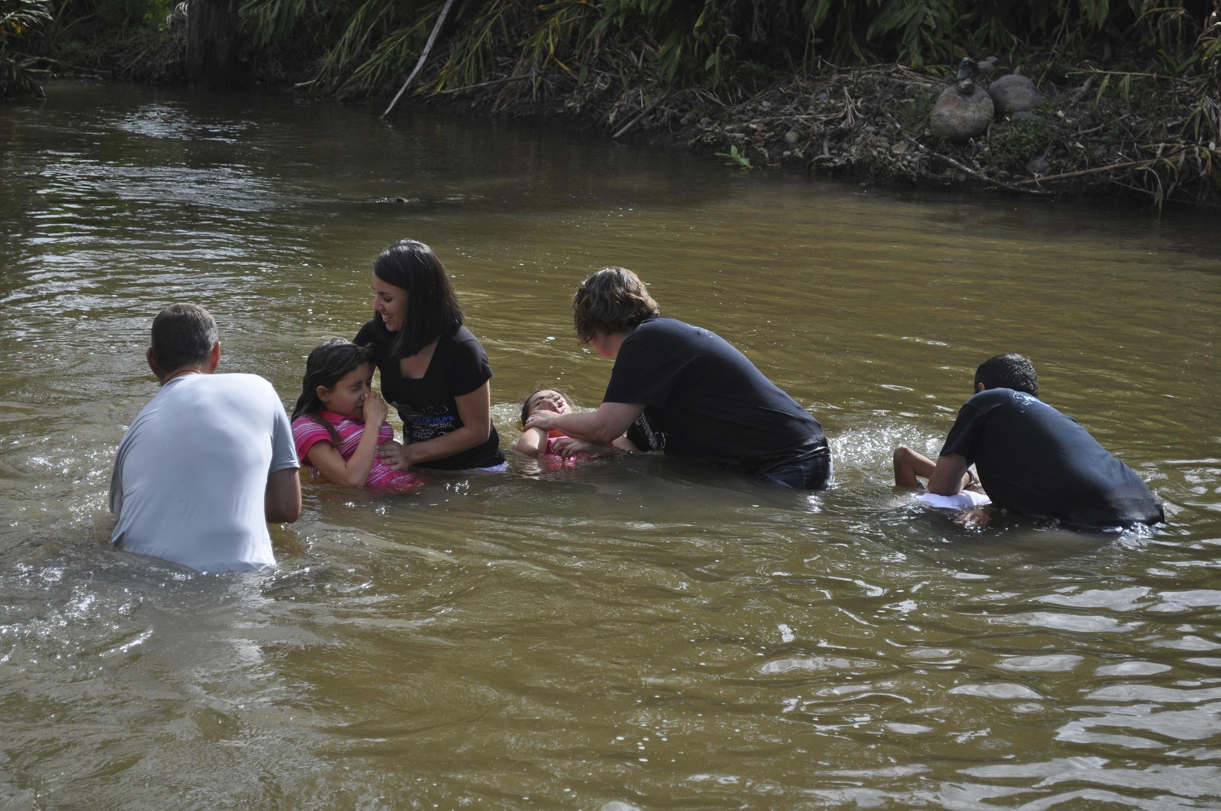 Passover Sunday baptisms, 2014